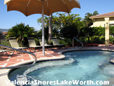 This spa is a popular destination after a tennis or racquetball match, or after a vigorous workout in the Valencia Shores gym.